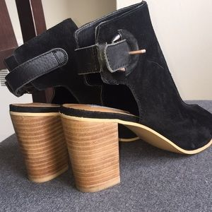 Suede Leather Steve Madden heeled ankle boots